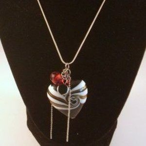 ❤️Lampwork Heart Necklace With Black & Red Charms